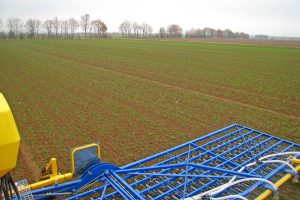 Bodenbearbeitung auf Gut Onnau